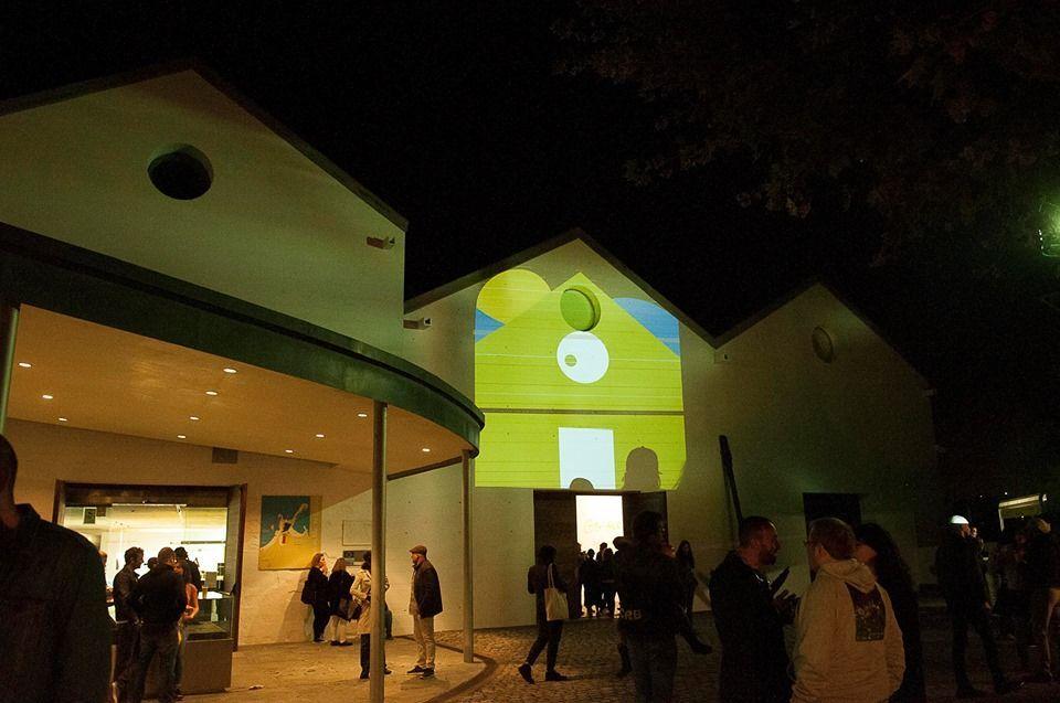 Foto nocturna del Sinsal Museo do Mar 2019