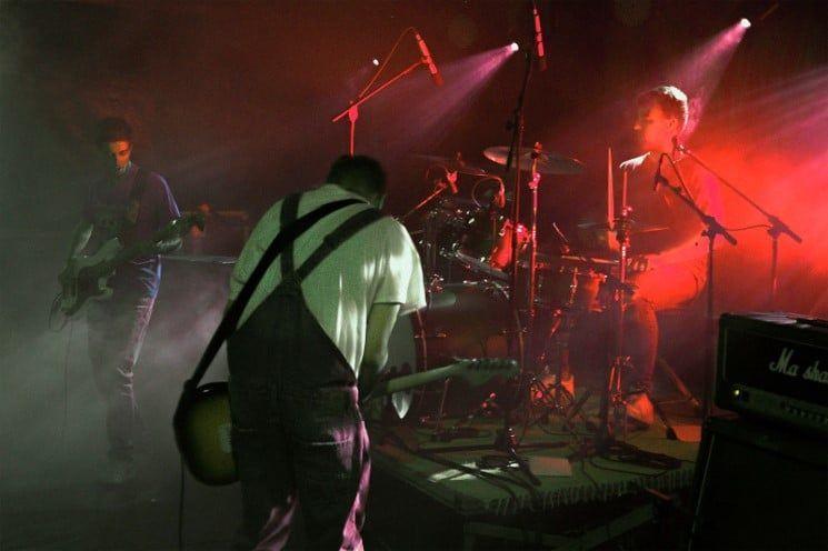 Theta Waves en concierto