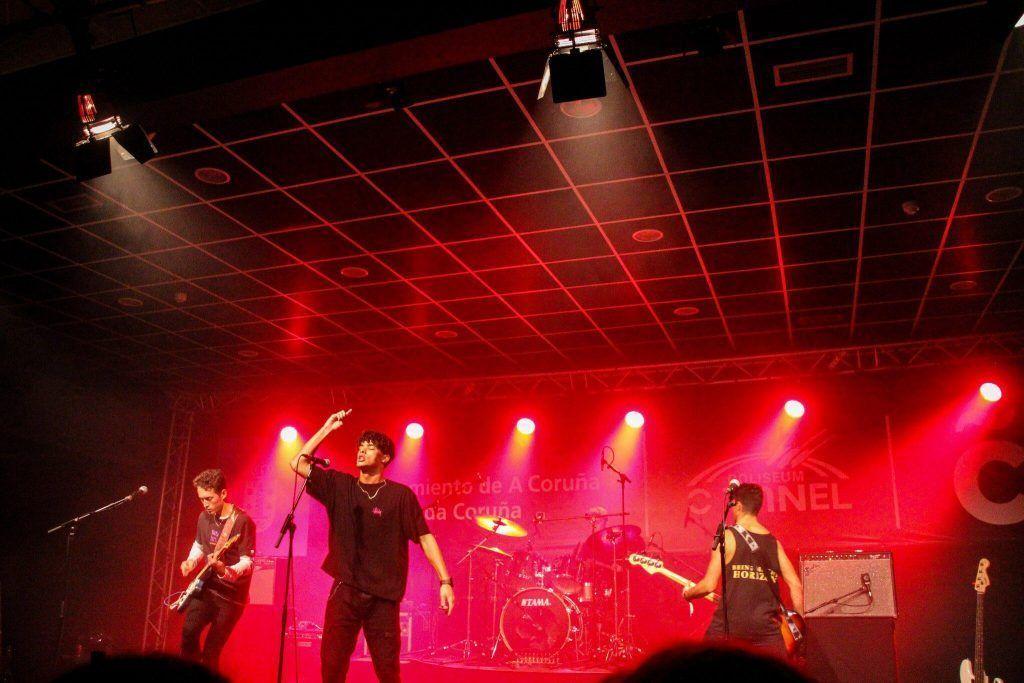 Foto del concierto en la Sala O Tunel de Saint Crown.