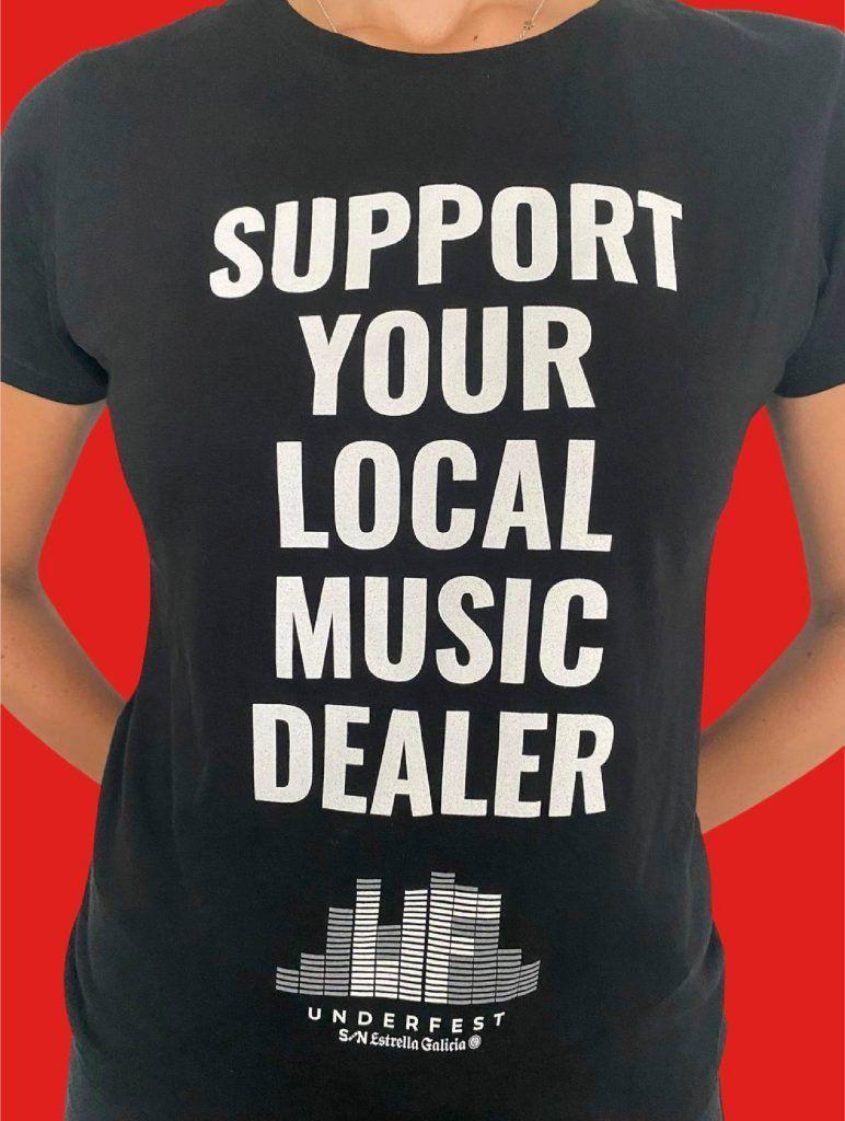 Camisetas de apoyo a las salas de concierto de Vigo que venden los promotores del Festival Underfest
