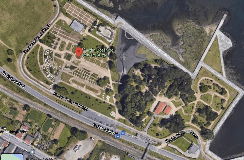 Captura de pantalla de Google Maps que muestra o Xardín Botánico da Ría do Burgo, en Culleredo.